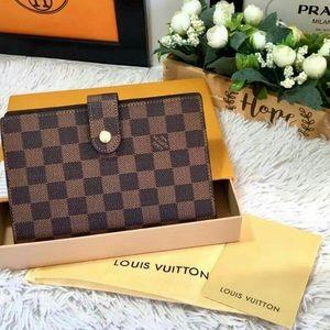 Authentic Louis Vuitton Agenda  Damier Ebene
